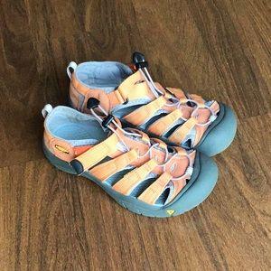 Keens Youth/Big Kids Waterproof Sandals shoes